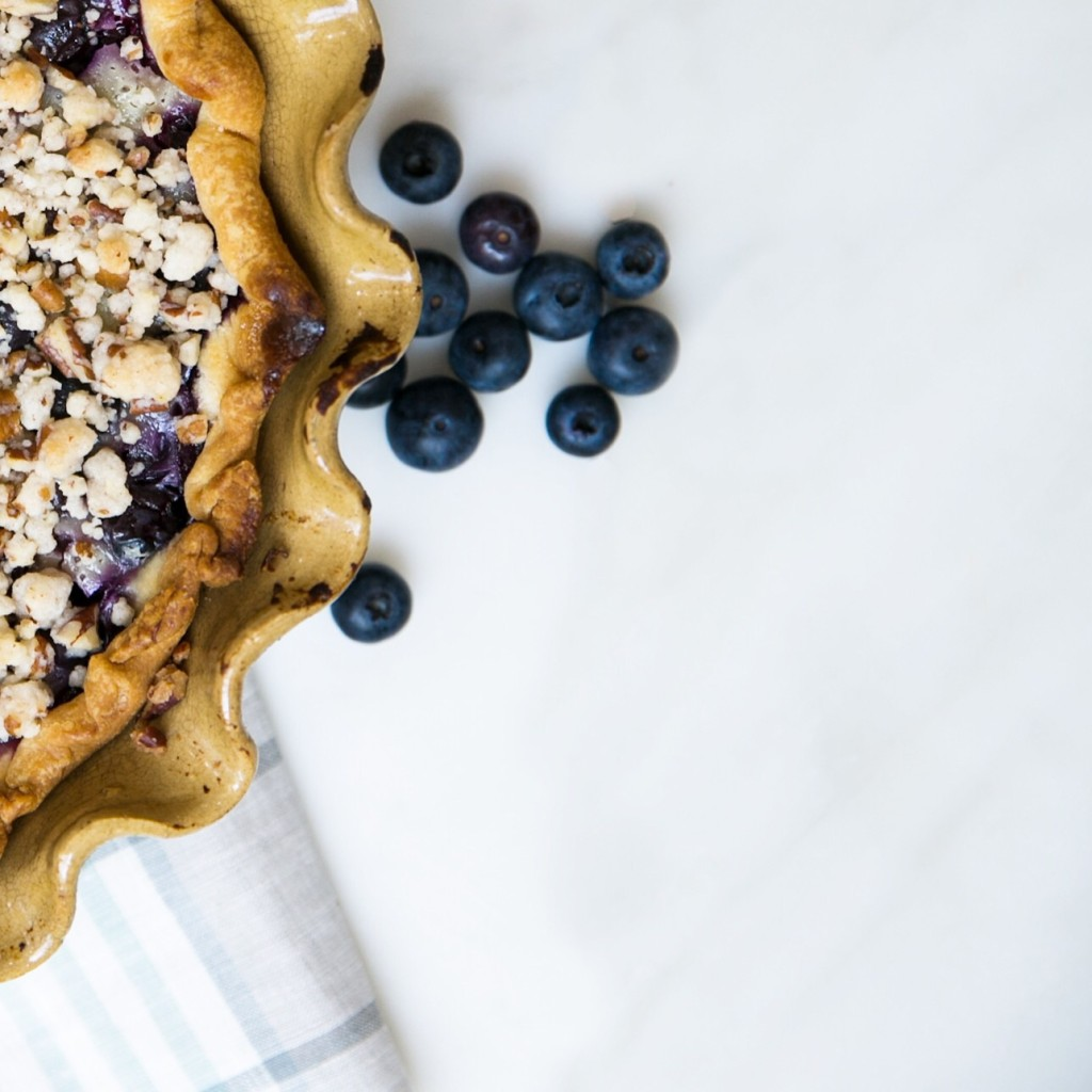 Blueberry Sour Cream Pie on The Style Gathering www.thestylegathering.com