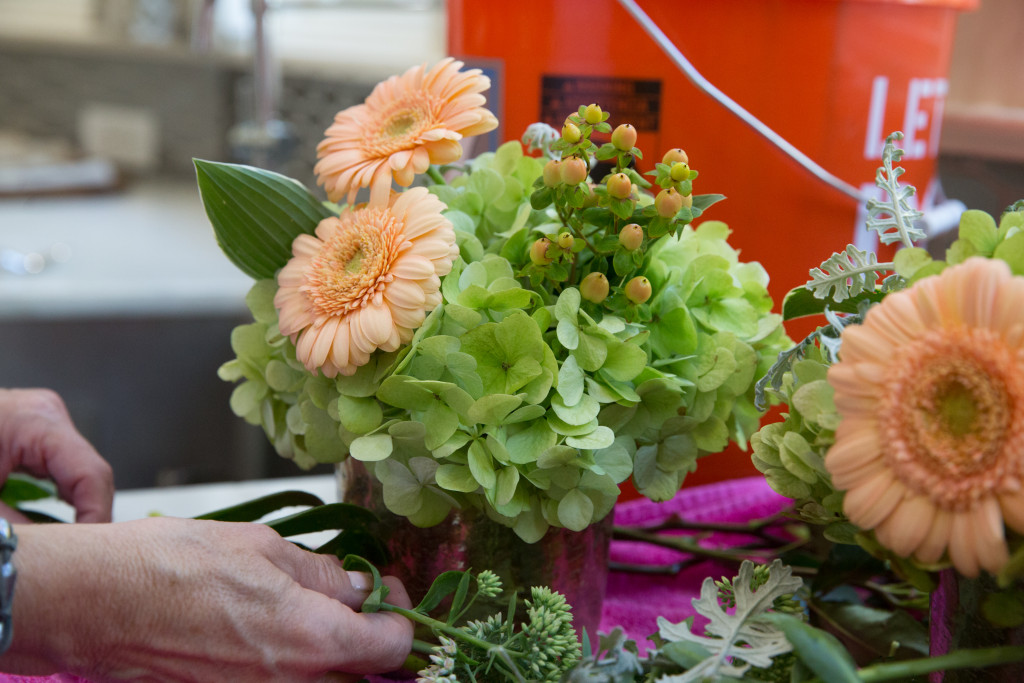 Grocery Store Flowers on The Style Gathering www.thestylegathering.com